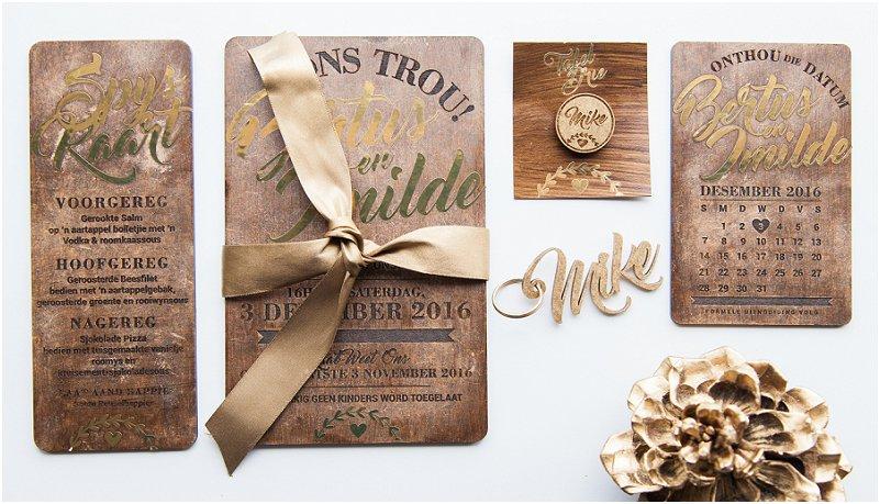 Wooden wedding stationery_0001