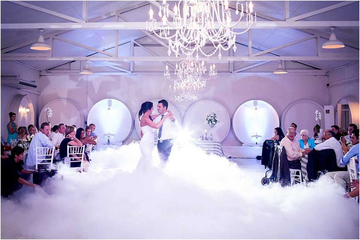 bridal couple dancing