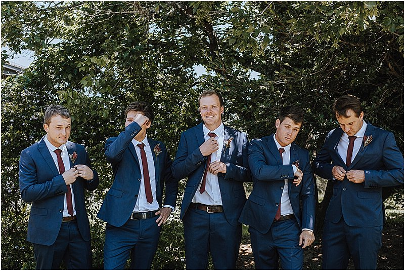 groom and groomsmen attire ideas