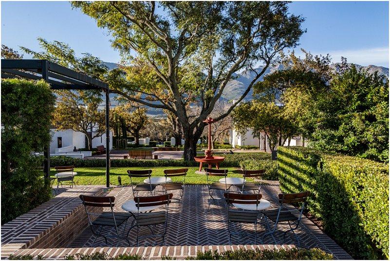 Sitting area, formal garden, leeu collection, vorsprung studio photography