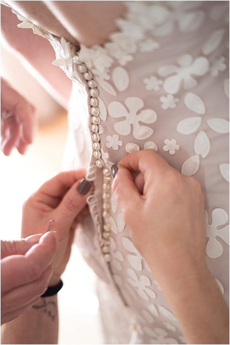 bride getting radey photos