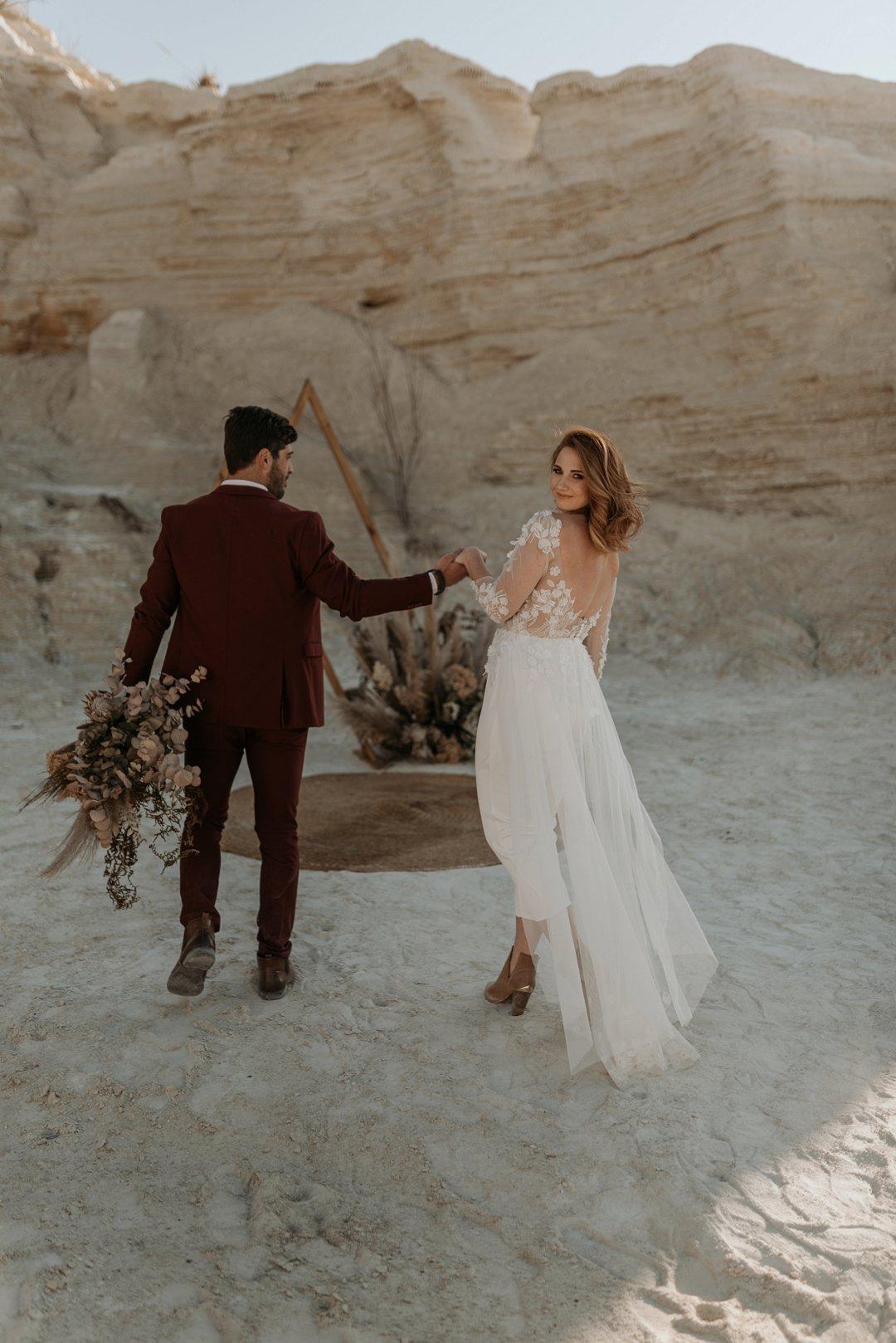 dried flowers wedding decor