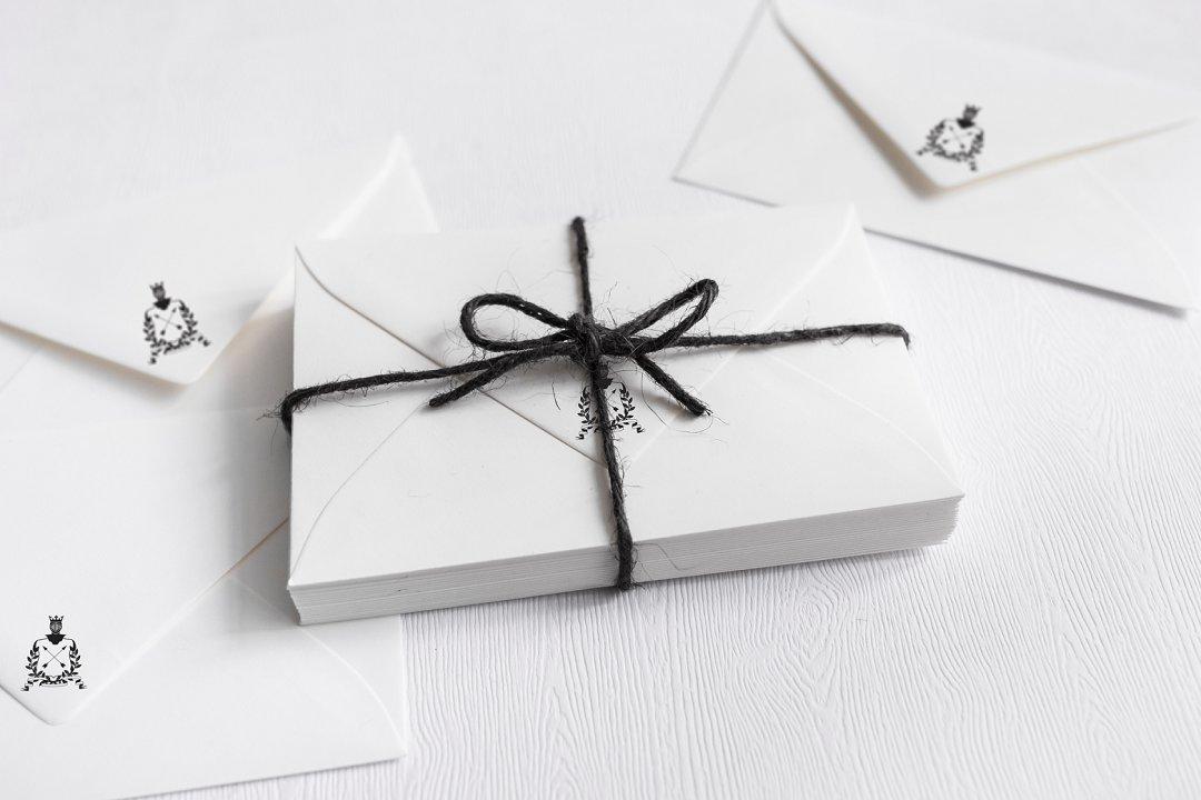 Monochrome wedding Stationery
